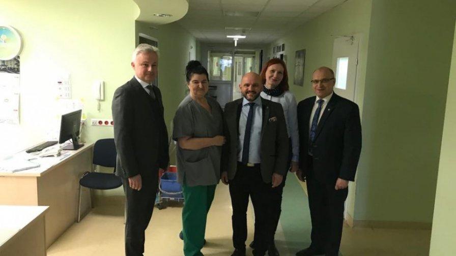 Wizyta wicemarszałka w szpitalu św.Leona